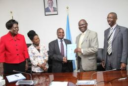 Director IPMO receives his signed PC 2019/2020